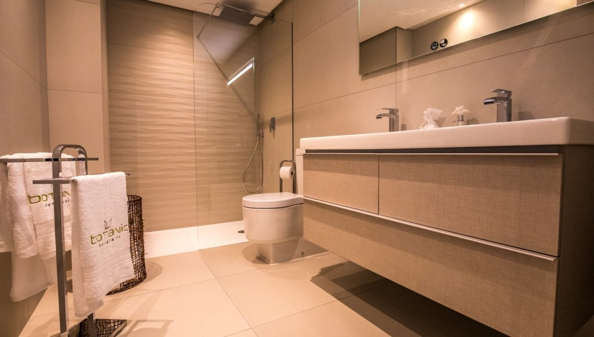 B11_Botanic_Apartments_bathroom-2